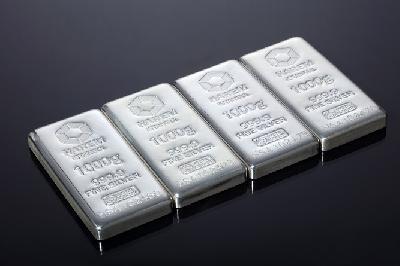Gümüş Referans Seviyesinin Üzerinde